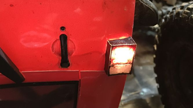 3D-Printed SCX Jeep Rubicon Taillight 01.jpg